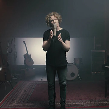 FOUND ON YOUTUBE: Sam Reid, keyboardist with the Canadian rock band Glass Tiger, about his Neumann microphones.