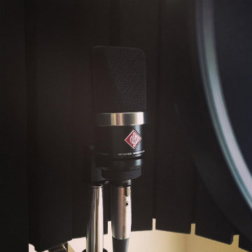 Neumann tb_maestro enjoys the weekend with his TLM102