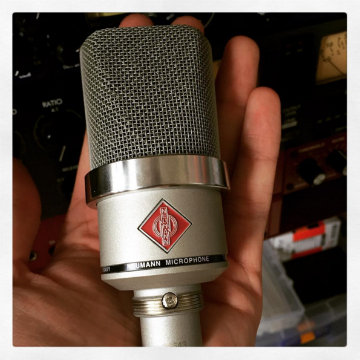Neumann joshwhitenoise likes the big sound of the small TLM 102