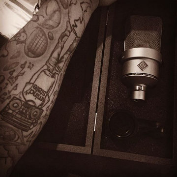 @m1ndstat3 loves his Neumann TLM 103