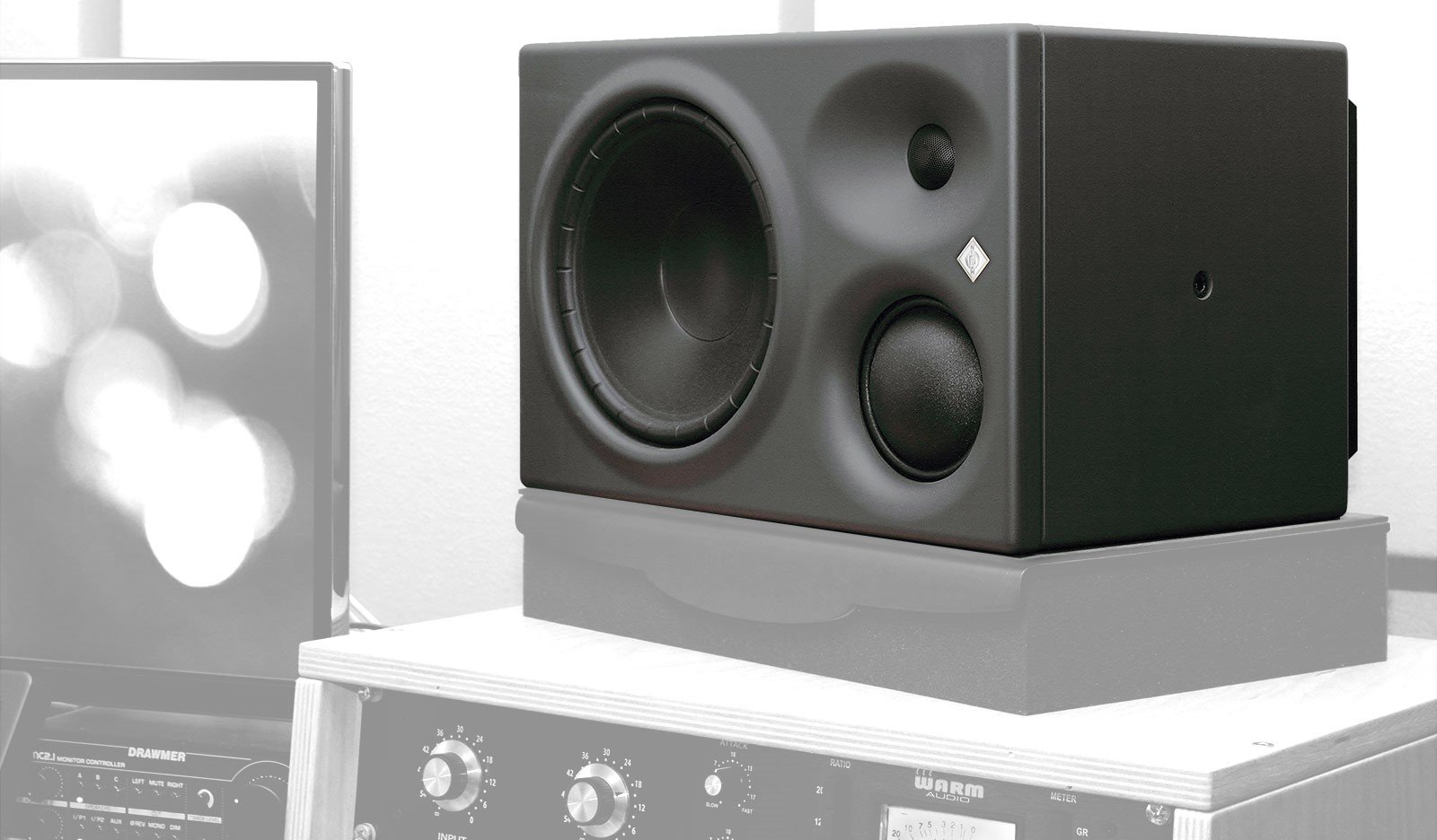 Whats The Difference Between Home Stereo Speakers And Studio Monitors 2 Way Crossover Active Circuit