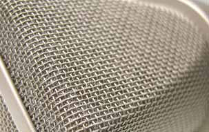 U 87 Ai studio microphone: Detail view of the head grille